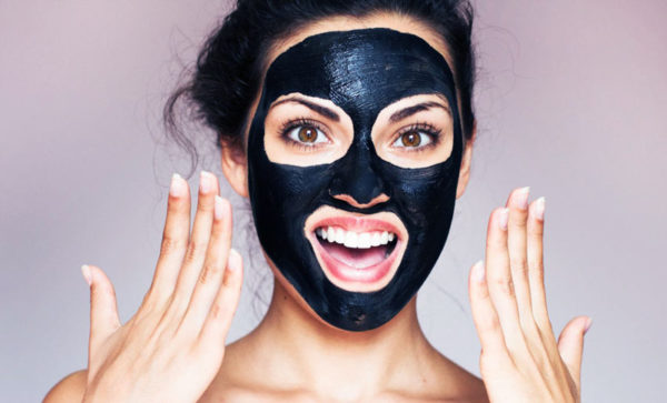 Use Charcoal Mask to Reduce Large Pores on Face