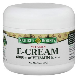 Vitamin E cream for pimple marks